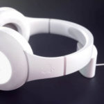 Will Apple Move Sony? Apple's first full-size headphone is credited with curious features